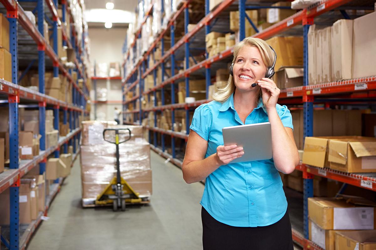 Outsourcingové služby pro logistická centra